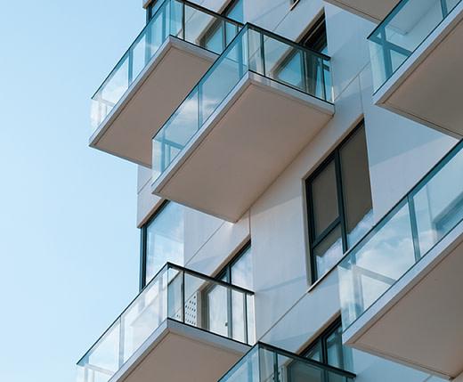 Proiect rezidential balcoane din sticla